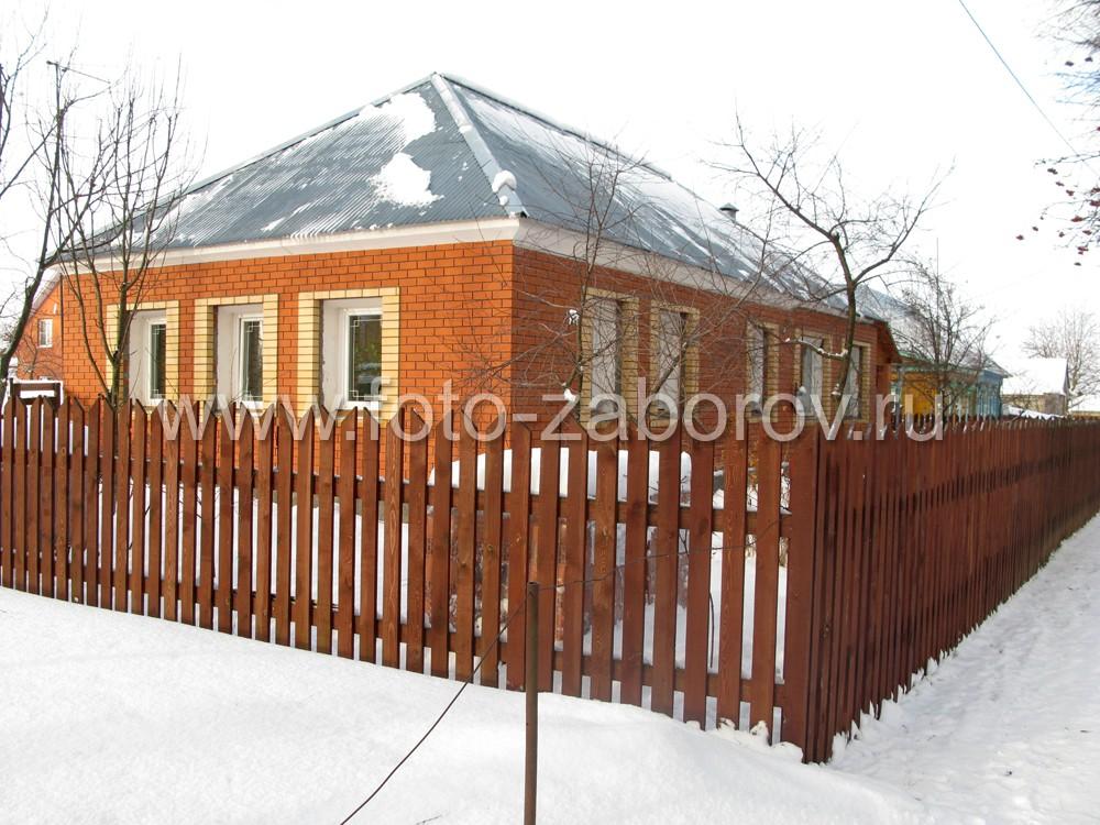 Одноэтажный кирпичный дом с