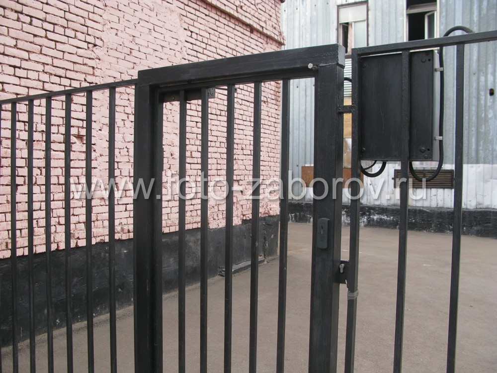 Фото сварных металлических ворот в