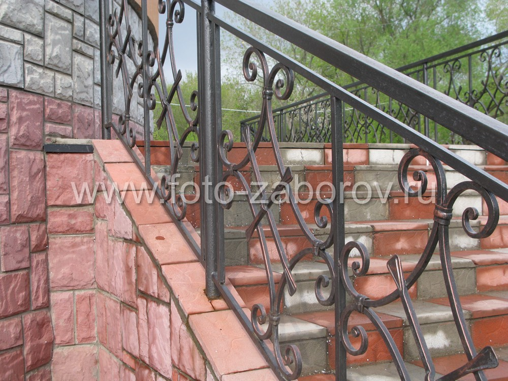 Облицовка лестницы плиткой из натурального