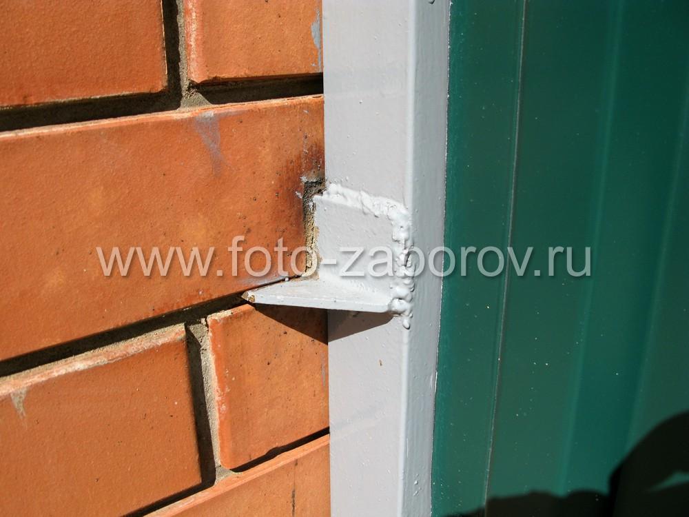 Фото закрепления дверной коробки в кирпичной
