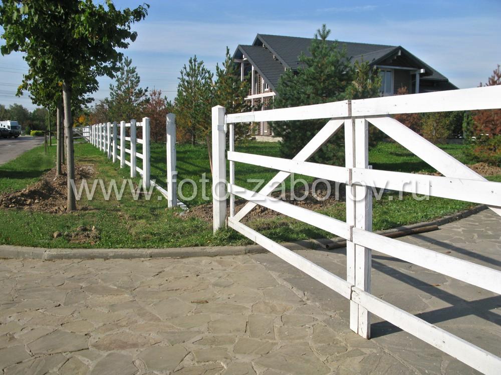 Широкие ворота с диагональными распорками для обеспечения жесткости