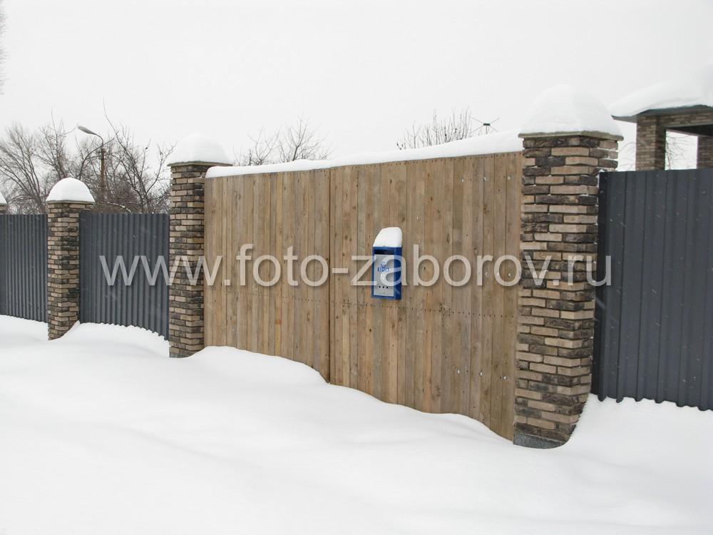 Оригинальность во всём: деревянные ворота дорогого коттеджа - как элемент гостеприимства и