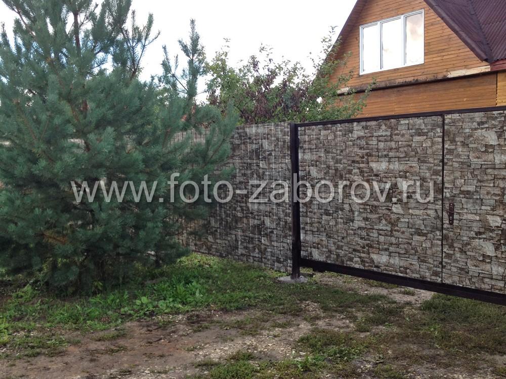 Фото ворот с обшивкой из профлиста под