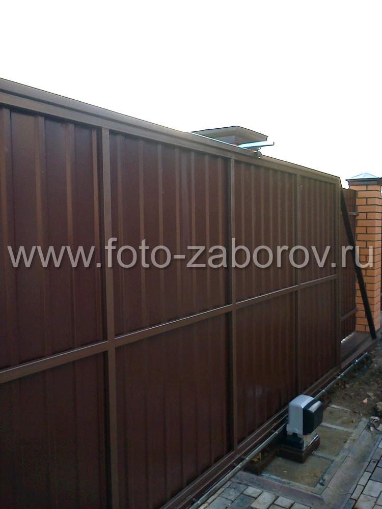 Фото Откатные автоматические ворота и калитка с электромеханическим замком для