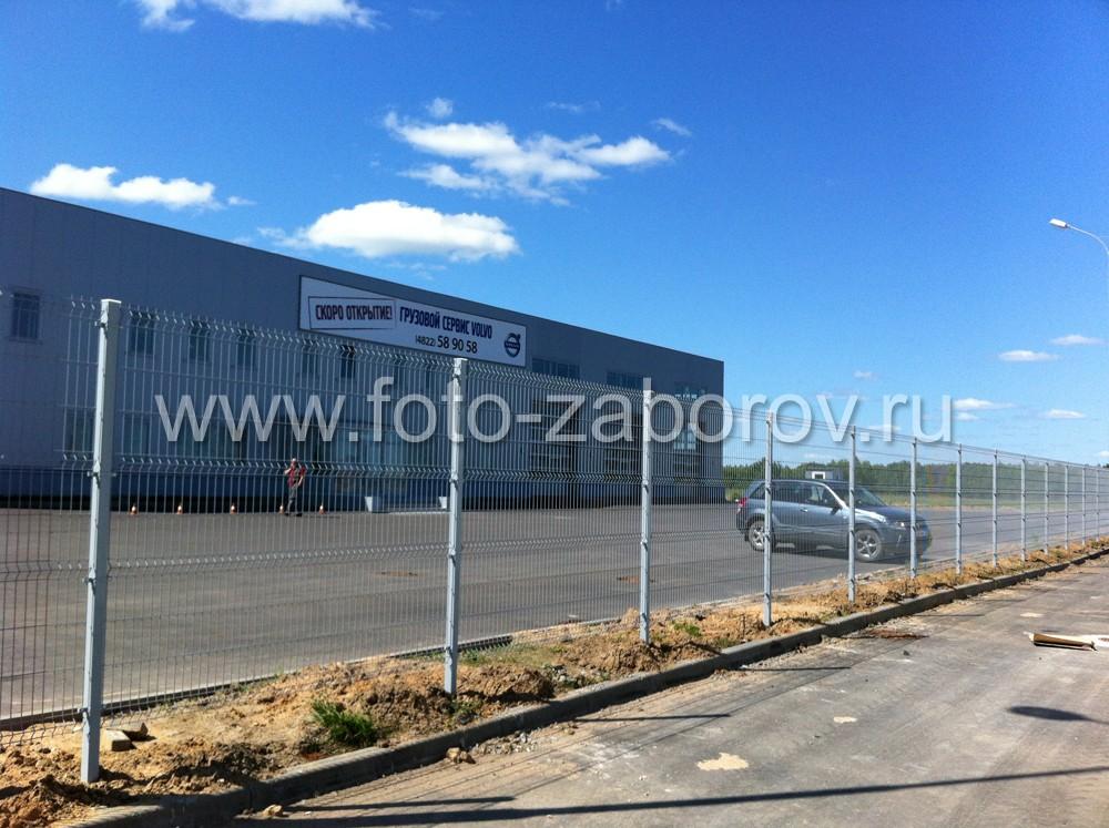 Фото Работы по комплексному ограждению автосалона VOLVO на 165 км трассы М-10