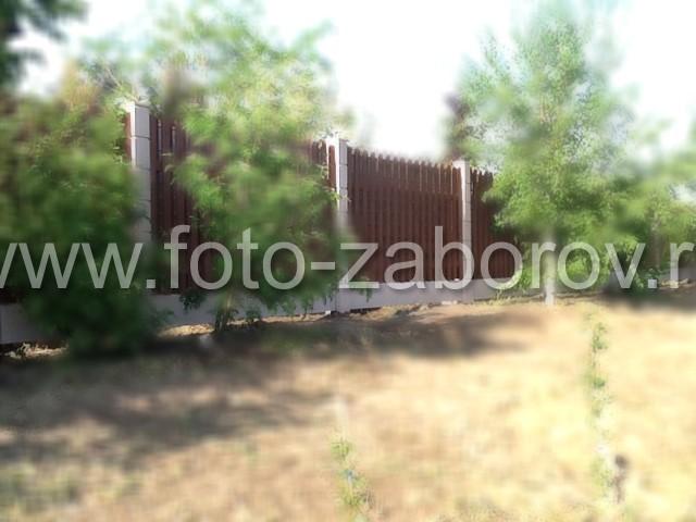 Фото Деревянная шахматка с установкой на бетонные столбы - строительство в сжатые