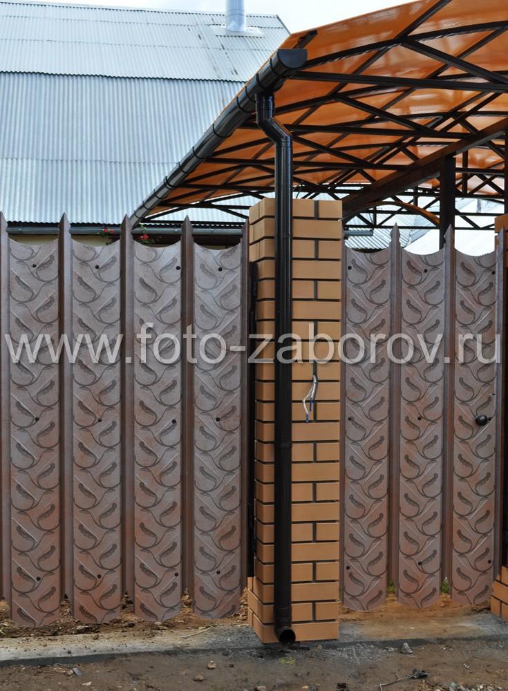 Фото Забор и ворота (и распашные, и откатные) из профнастила «проф
