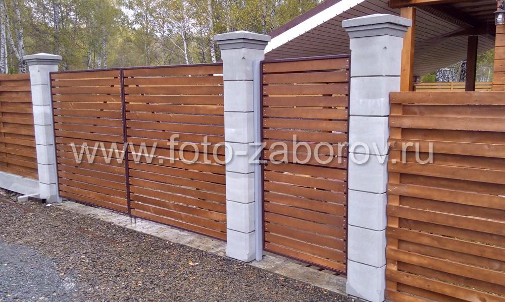 Воротные бетонные столбы из белого цемента - фото после установки деревянных