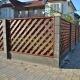 Деревянная косая решётка с установкой на бетонные столбы. Забор за которым хочется жить!