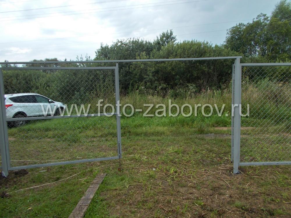 Фото Рабица в рамке - недорогой легкий вид ограждения для земельных