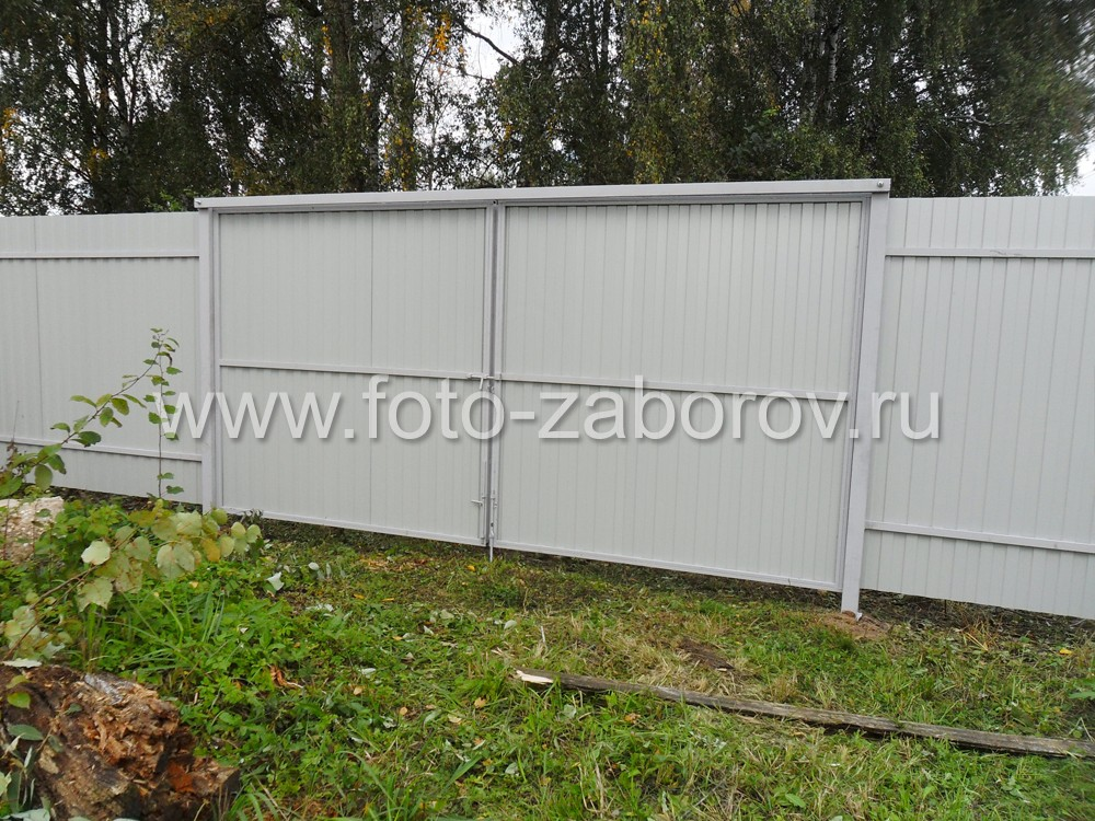 Фото Забор из профнастила цвета